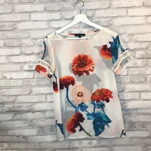 Banana republic floral blouse size small